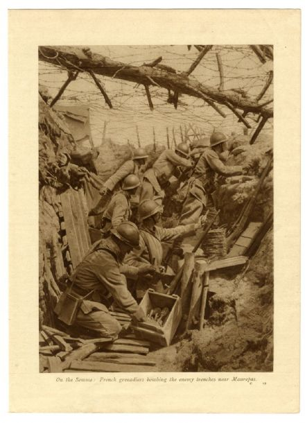 1916 SOMME TRENCHES Maurepas FRENCH GRENADIERS Grenades BARBED WIRE